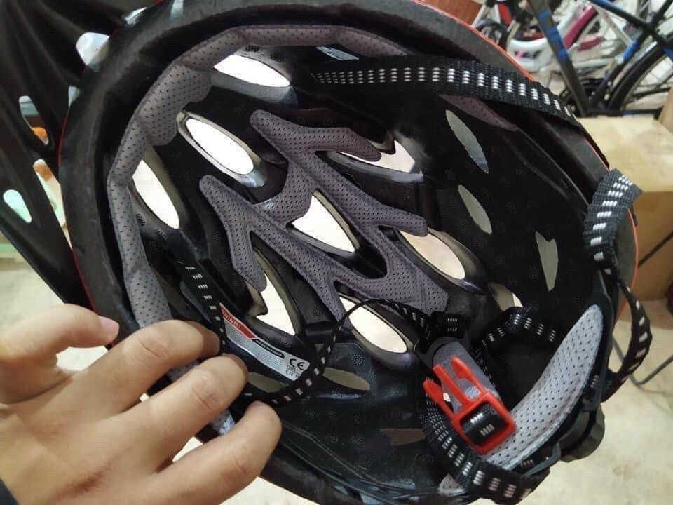 Nón bảo hiểm xe đạp giant