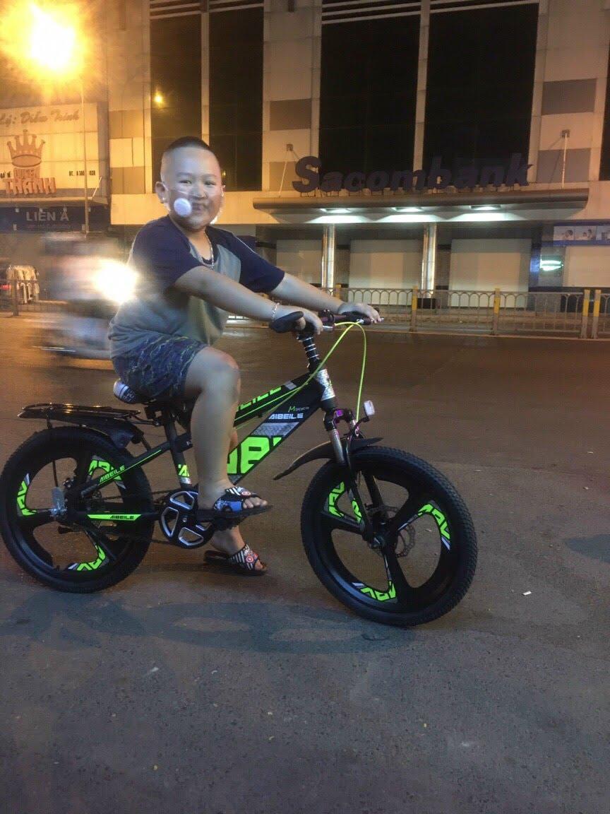 xe đạp thể thao trẻ em 20 inch bánh đúc
